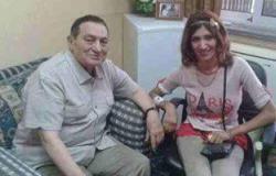 """مؤيدو """"مبارك"""" ينشرون أحدث صورة داخل مستشفى """"المعادى"""""""