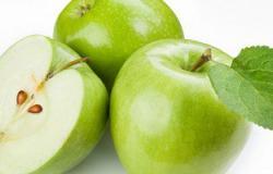 تخلصك من الدهون والعطش.. التفاح أفضل تحلية بعد الفطار وقبل السحور