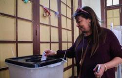 ضبط3ناخبين حاولوا التصويت ببطاقات أخرين داخل لجنة بقرية ميت بدر فى سمنود