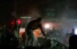 نيابة بنها تعاين موقع انهيار منزل بقرية ميت عاصم أسفر عن مصرع 4 أشخاص