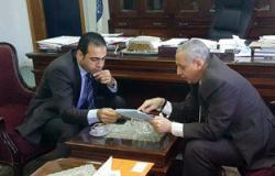 نائب ببورسعيد يلتقى رئيس مصلحة الجمارك لمناقشة ملف المنطقة الحرة