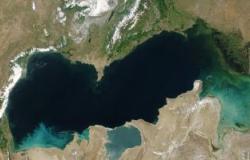روسيا وإيران يبحثان حفر قناة ملاحية لربط الخليج العربى ببحر قزوين