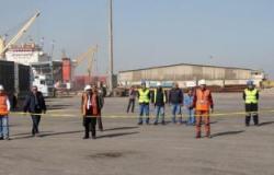 بيان عملى على حريق بمبنى المناطق بميناء دمياط