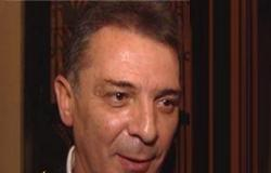 محمود حميدة : كل رجل تعدى سنه الخمسين فاسد